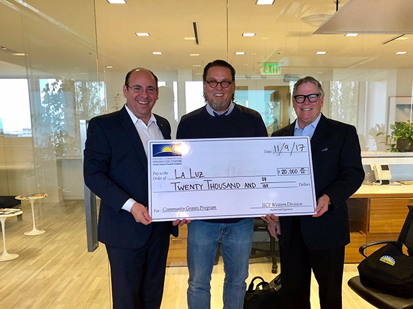 La Luz Board President Marcelo Defreitas, with Mayer Brown Partner and IICF Co-founder Jim Woods and Jon Axel, IICF Western Division Board Chair.