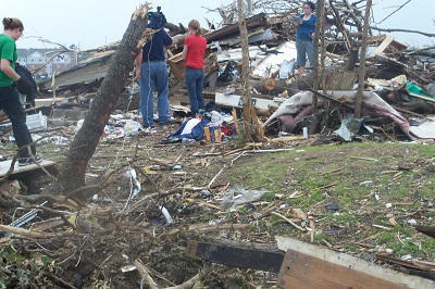 Aftermath of Joplin tornadoes